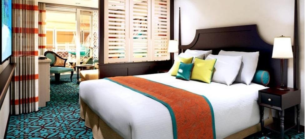 Havana Cabana Suite Stateroom
