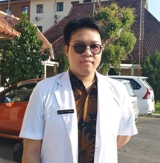 dr. Hans Ariel Satyana
