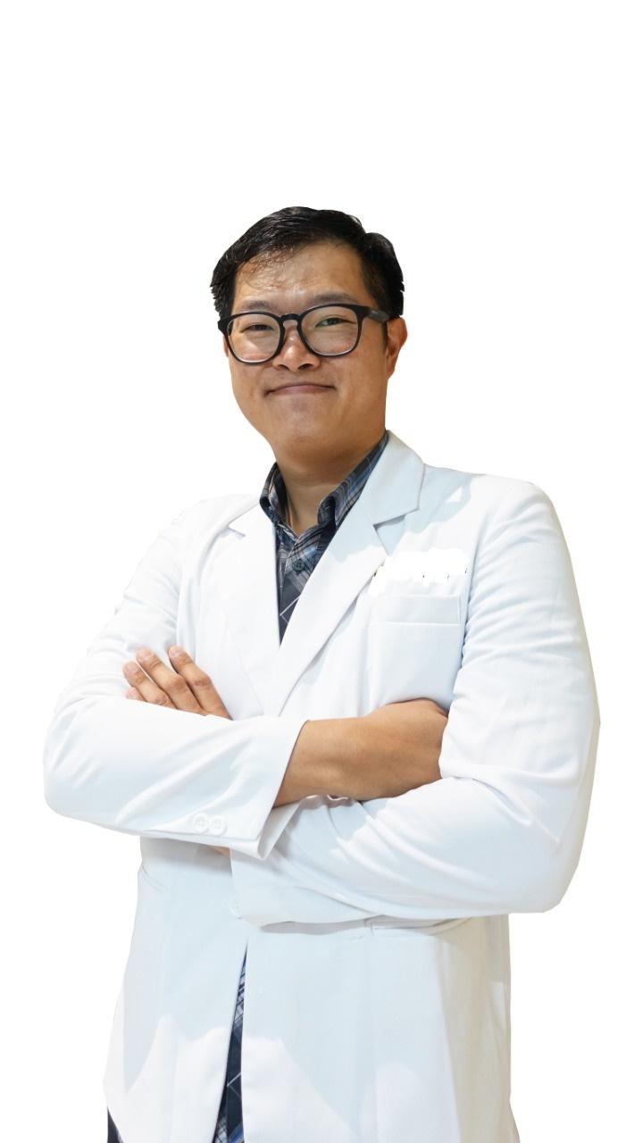 dr. Edward Faisal