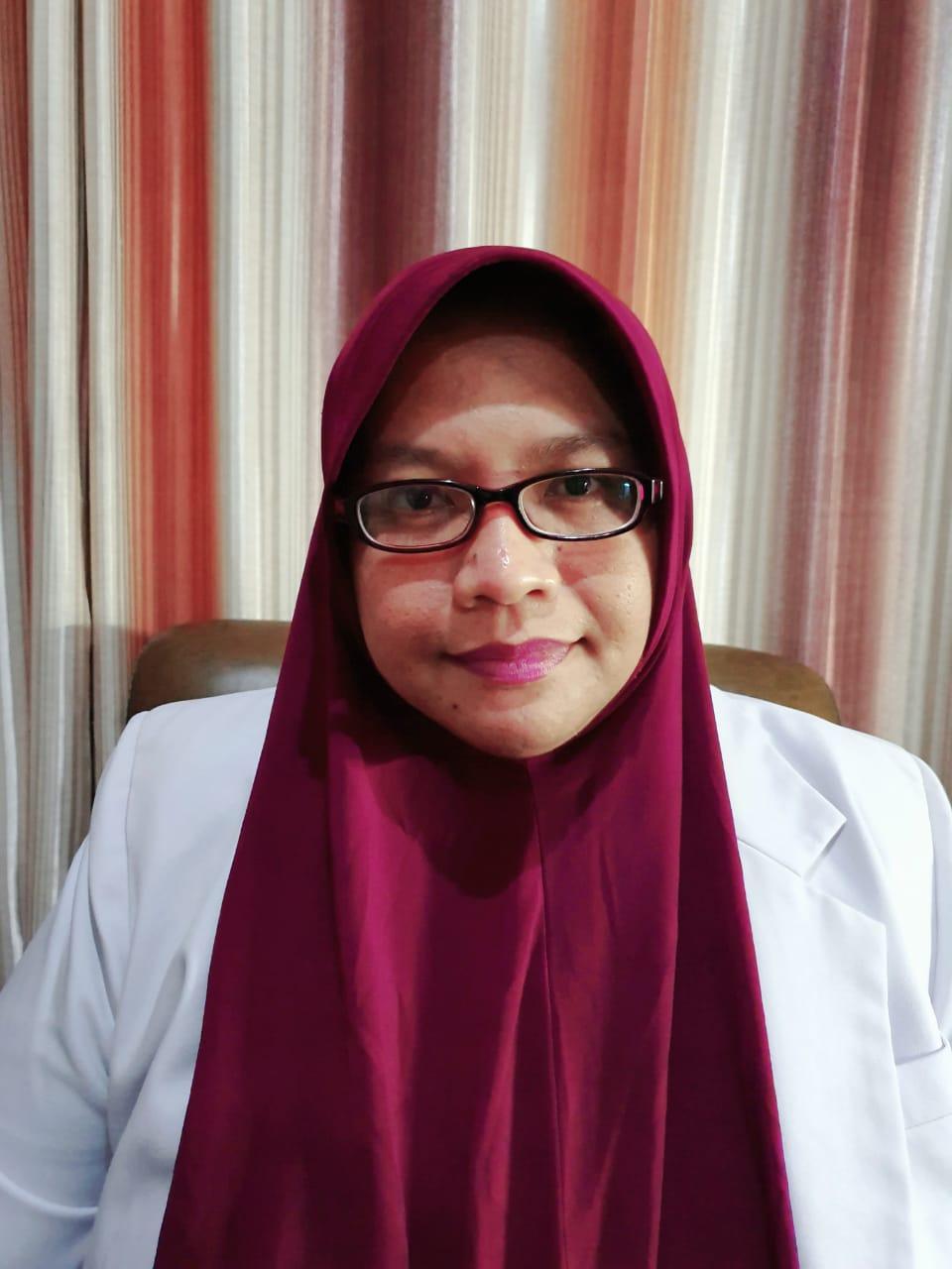 dr. Hj Yuliawati Kusumaningrum, MKK