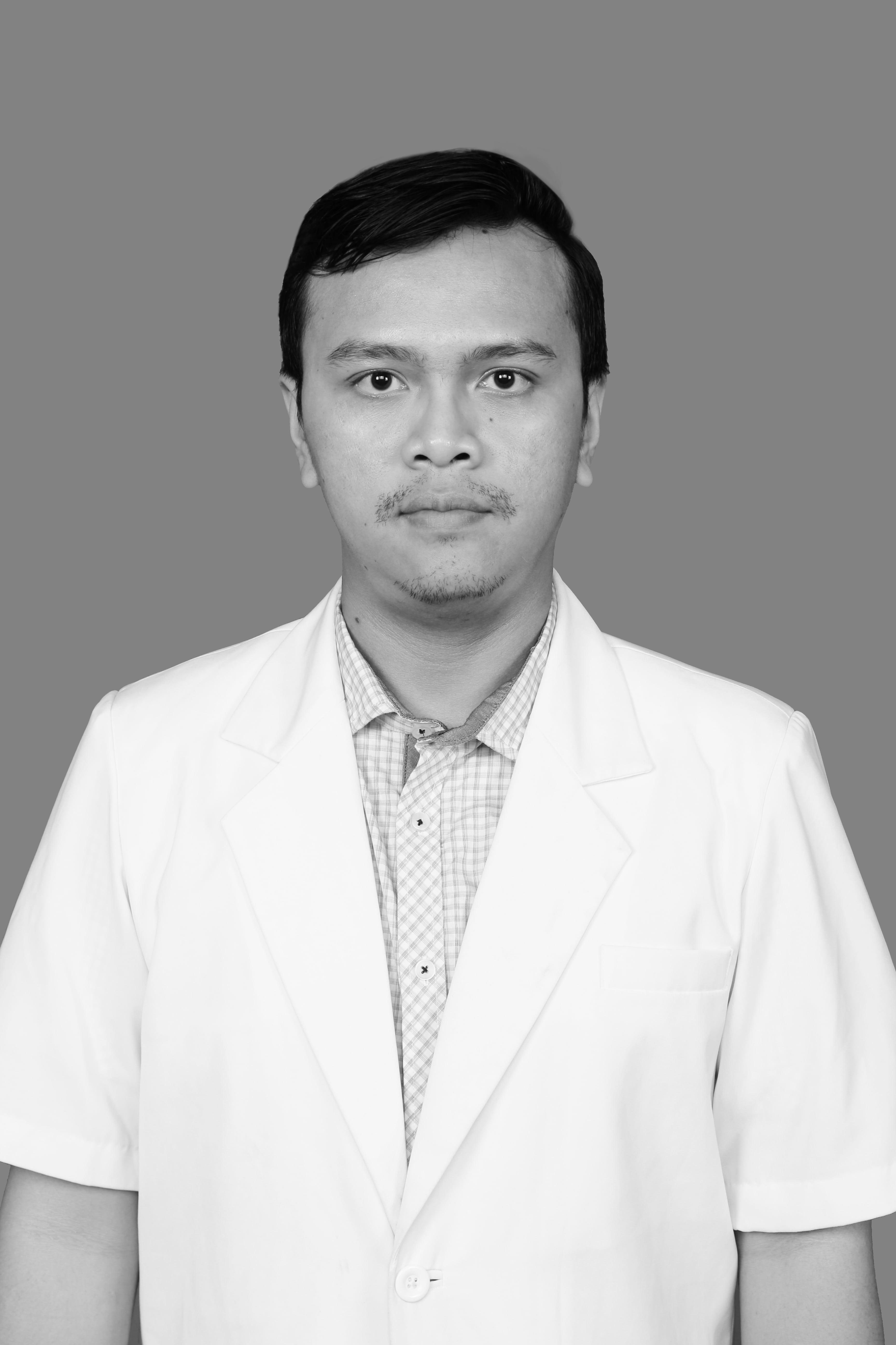 dr. Sudjati Adhinugroho