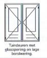 Tuindeuren met glas-opening en lage borstwering